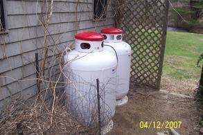 two 100 gallon tanks w cement pads new prpane tank