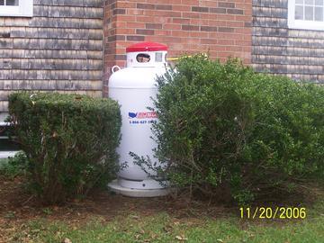 100 Gallon Propane Tank
